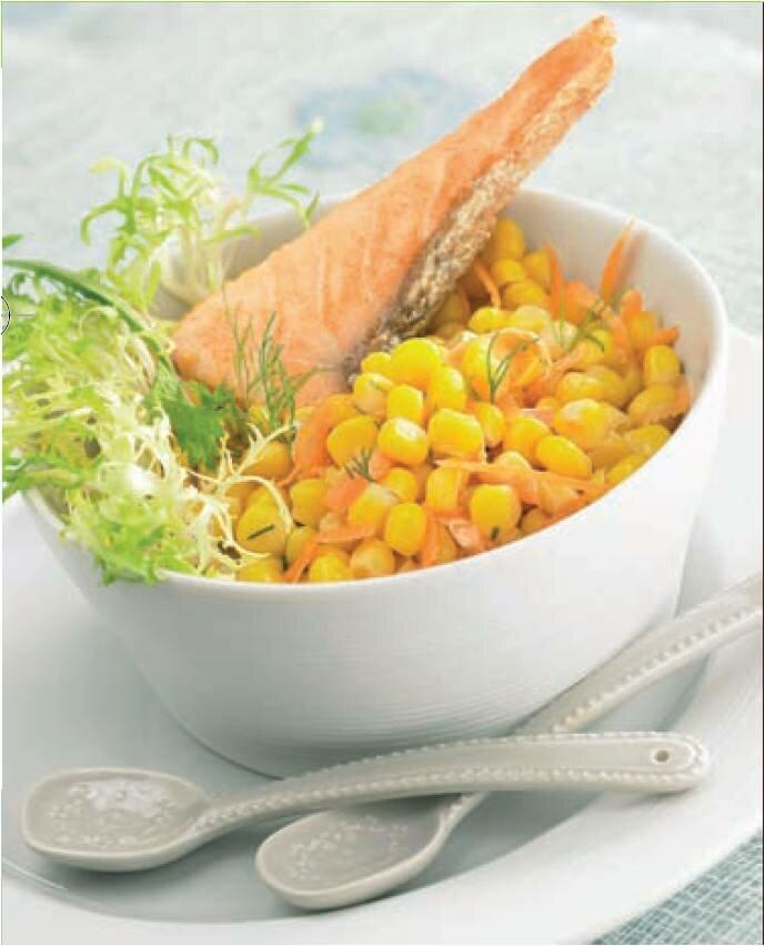 Fleurs,....fruit,.....tout ce qui se mange,...se boit....ou qui vient de la nature.......... - Page 6 Salade-de-mais-carrottes-sauce-a-laneth-et-saumon-grille